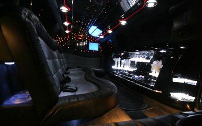 inside 10 Passenger Super Stretch Limo