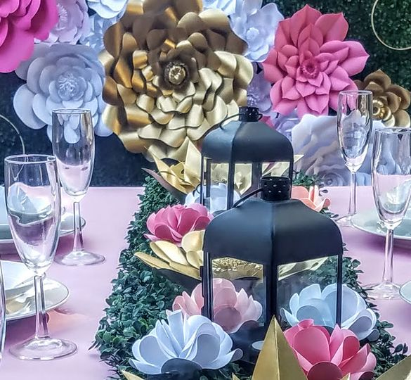 Table and backdrop decoration