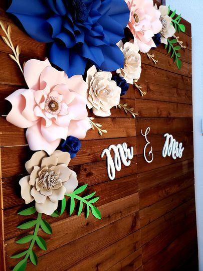Wood flower wall