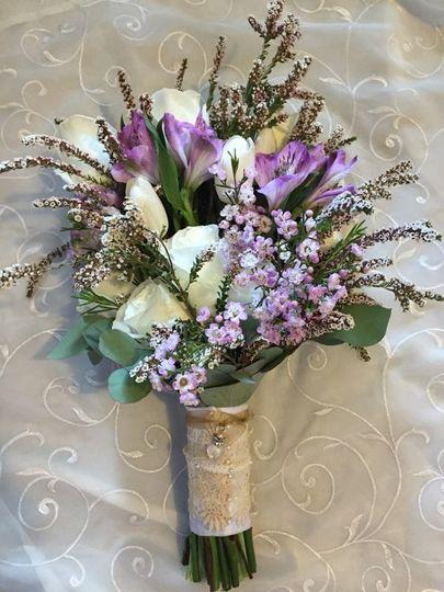 White and lavander bouquet
