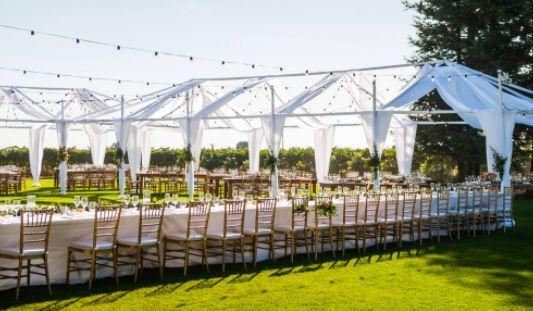 The outdoor wedding
