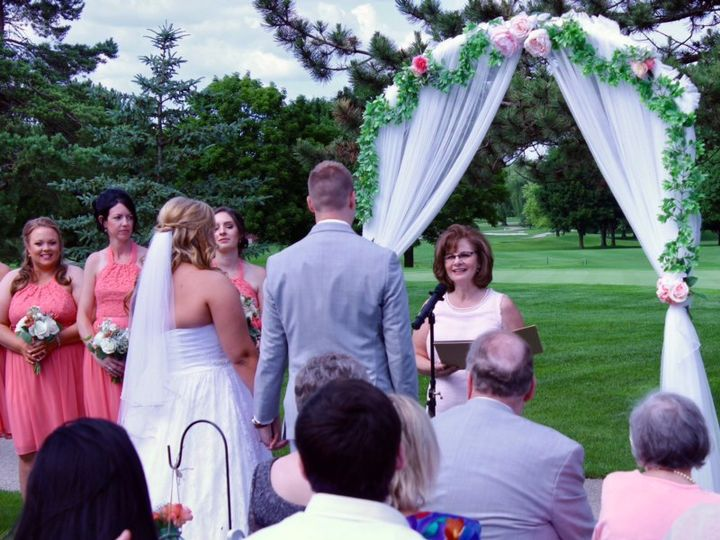 Tmx Img 9208 51 1010882 1556335720 Geneva, IL wedding officiant