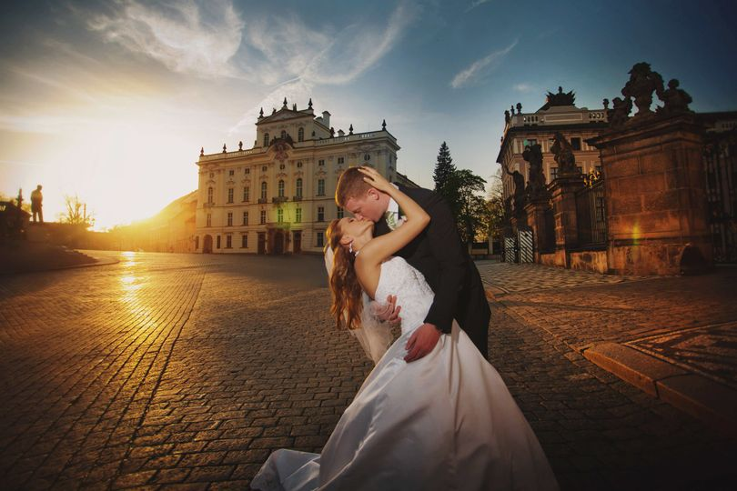 the best in magazine styled portraiture - captured at the Prague Castle at sunset