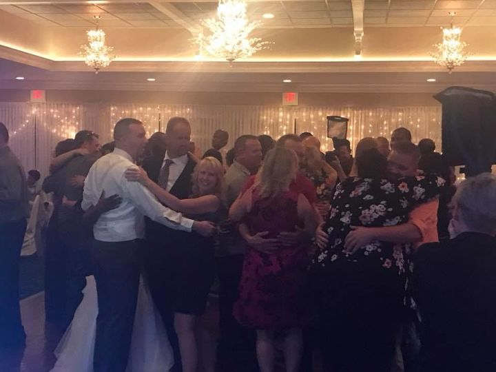 Tmx 1523412171 4a50d72e12cd15df 1523412169 D7c6a8e05747ac0f 1523412160724 6 Dancing5 Philadelphia wedding dj