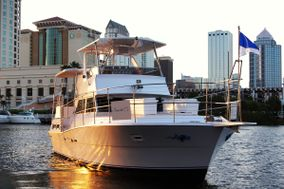 Tampa Bay Yacht Charter