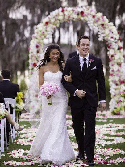 Couple recessional