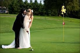 978e056817576c53 1396410609403 golf course weddin
