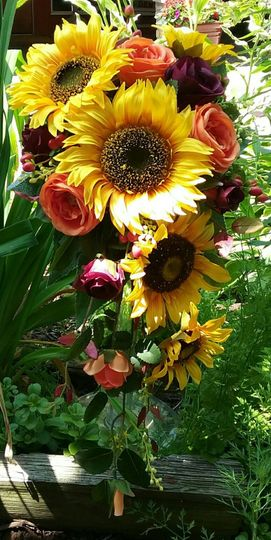 Brides Sunflower Cascade