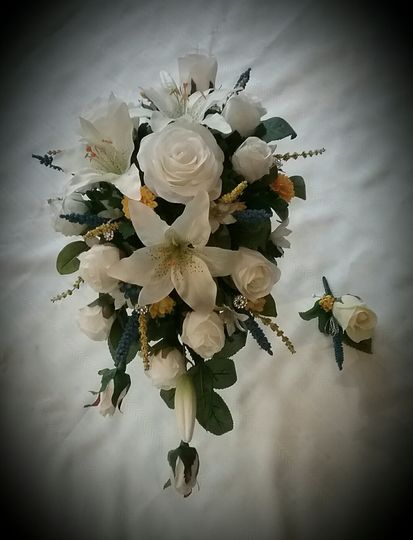 Lily Rose Cascage Bouquet