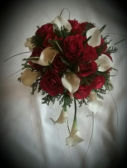 tara w brides bouquet 51 102982