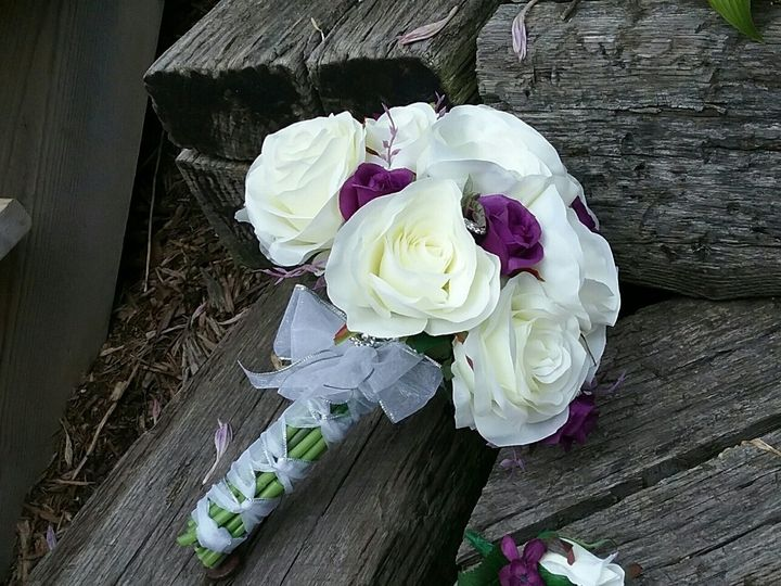 Tmx 1472148073579 Bride Bouquet And Grooms Boutonnier Oak Creek, Wisconsin wedding florist