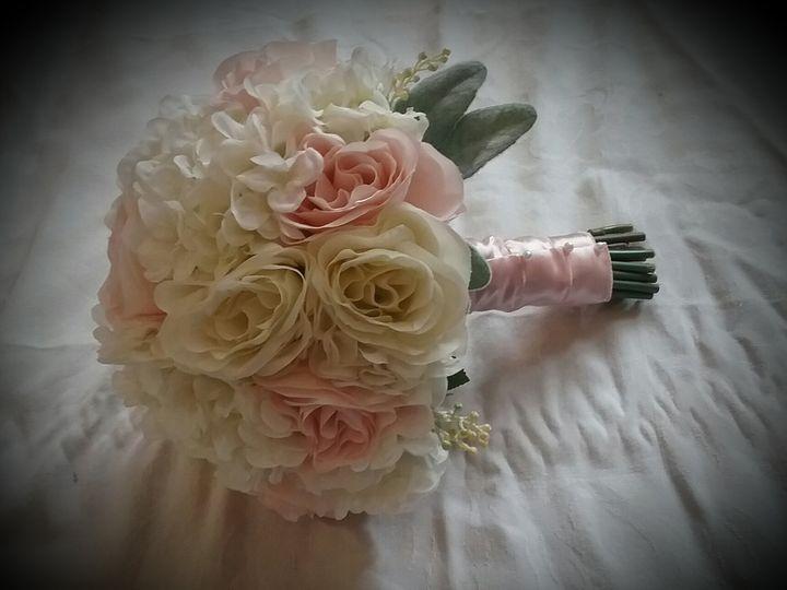 Tmx Glisch Bride 51 102982 Oak Creek, WI wedding florist