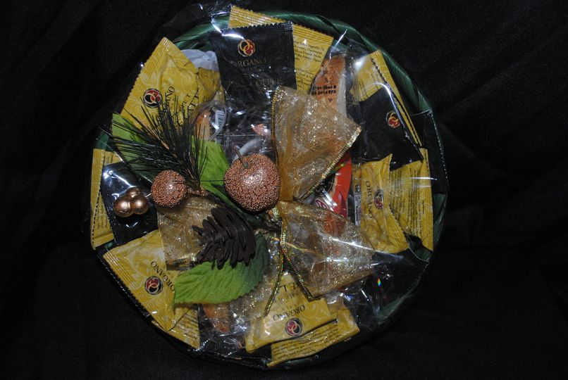 Gift Basket with Organo Gold Black Coffee and Latte sachets.