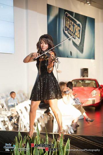 Hip hop violinist San Diego