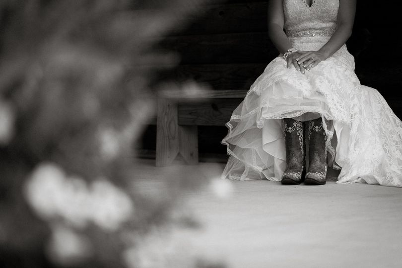 The bride's outfit