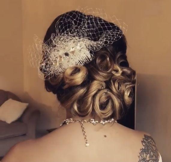 Retro bride hair