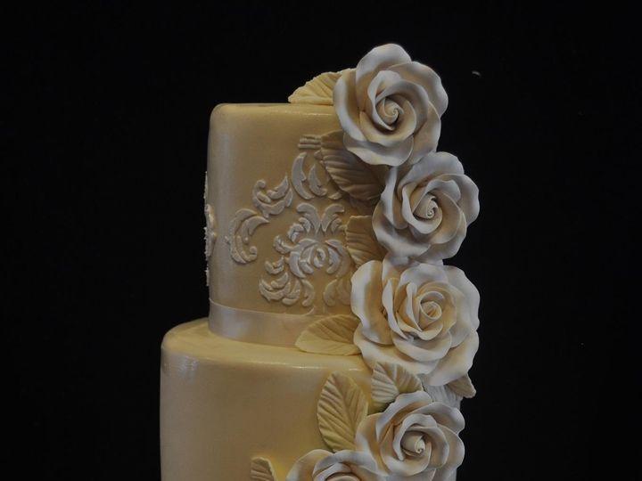 Tmx 1467944467100 Ivory Roses Kissimmee wedding cake