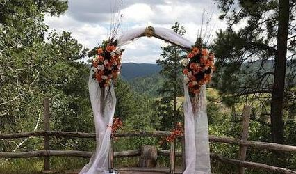 Black Hills Rally Weddings / South Dakota Wine & Weddings /