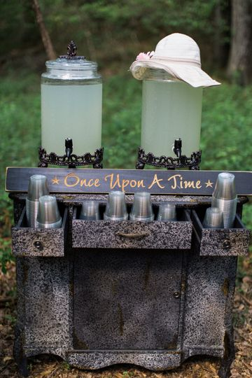 A drink station welcomes our guests for the ceremony. .