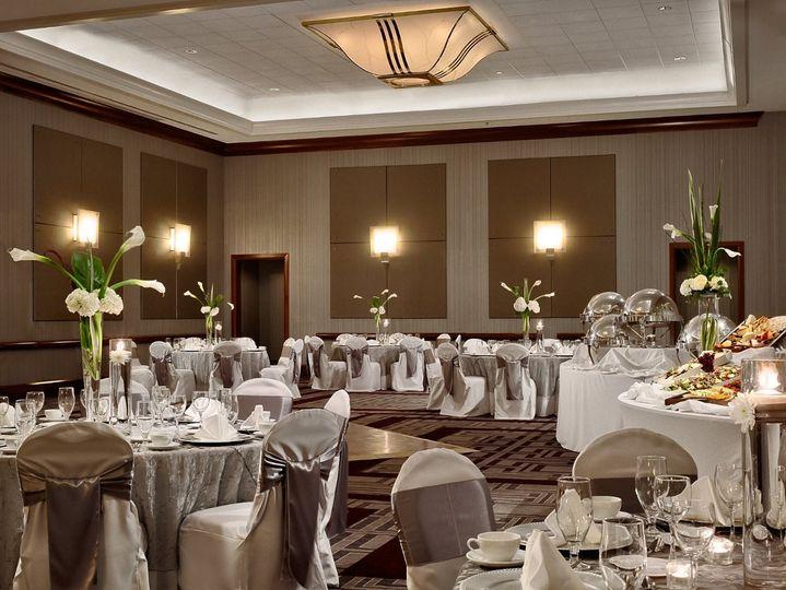 BallroomWeddingSet