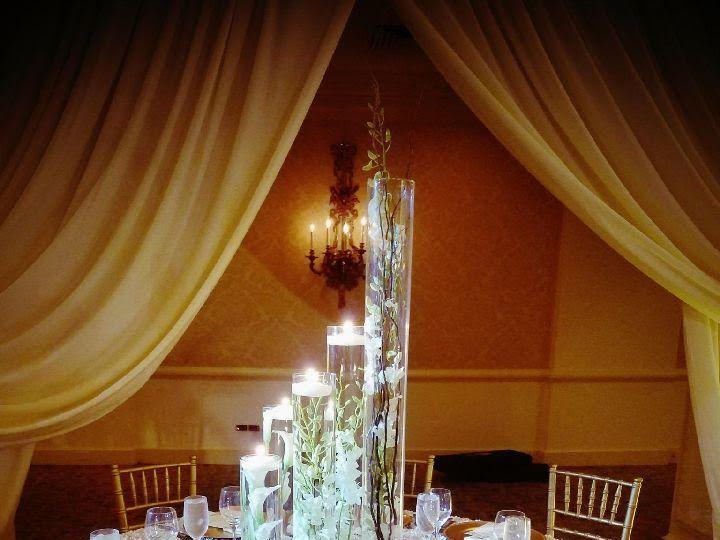 Tmx 14a 51 525092 V1 Bensalem, PA wedding florist