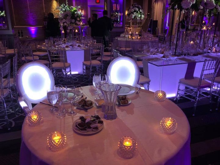 Tmx 77 51 525092 Bensalem, PA wedding florist