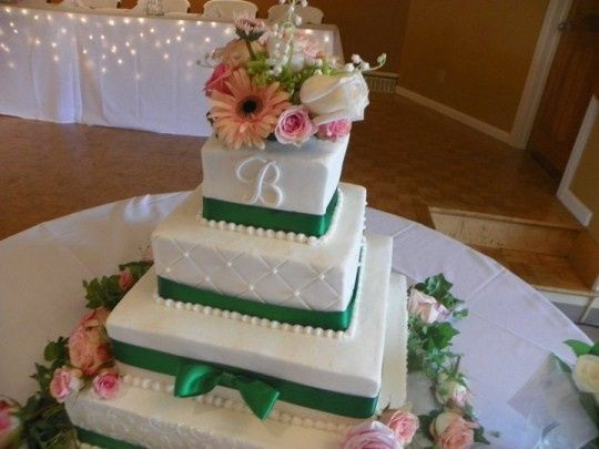 Square cake design with lots of pretty fresh flowers!