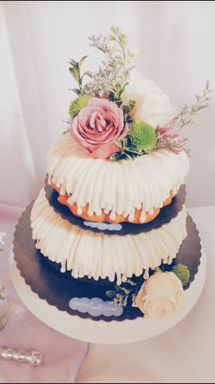 nothing bundt cakes reviews ratings wedding cake oregon portland and surrounding areas. Black Bedroom Furniture Sets. Home Design Ideas