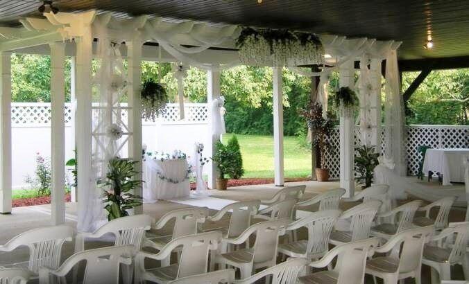 Meadowbrook outdoor wedding pavilion