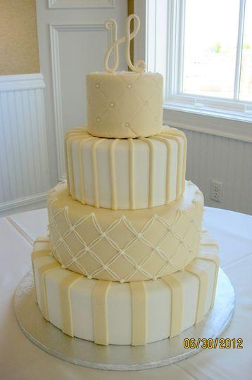 Yellow pastel cake