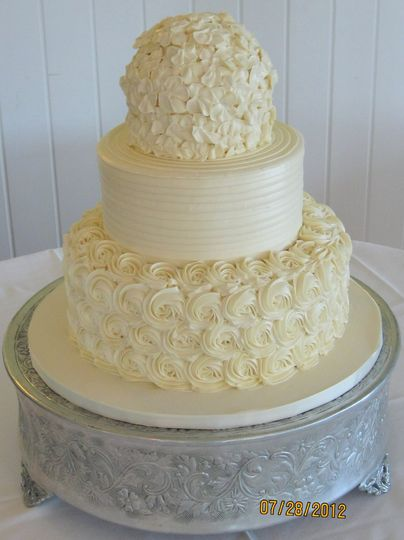 Two-layer white cake