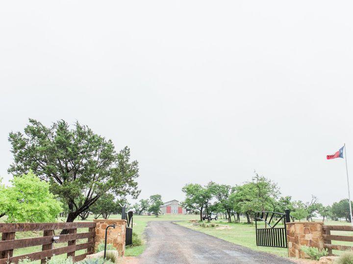 Tmx 1527012688 34fcb3817998179b 1527012684 290a9a3f1dadb09a 1527012677473 4 Allisonjeffersphot Fredericksburg, TX wedding venue
