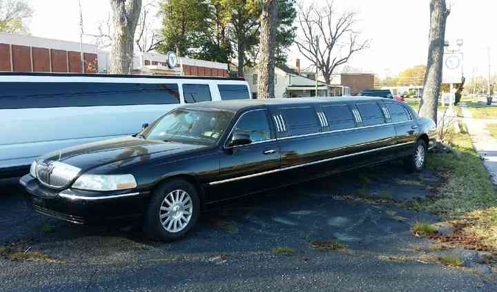 Horseless Carriage Limousine