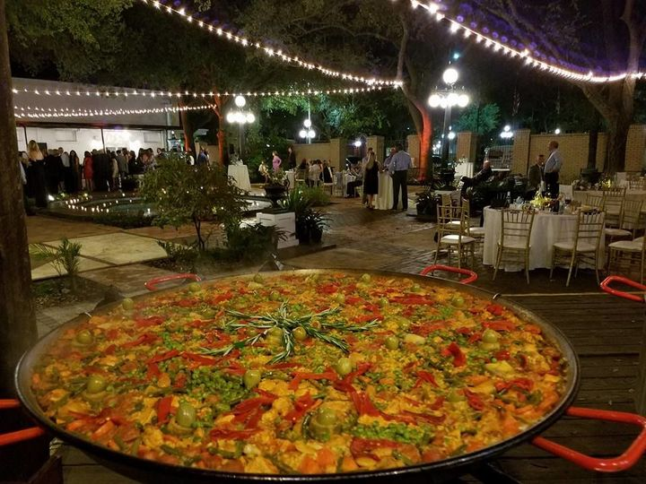 Tmx 1529092633 4b02b23e8732bf6d 1529092631 67a32f89c3fd2a81 1529092606333 32 Paella Wedding Yb Fort Myers, FL wedding catering