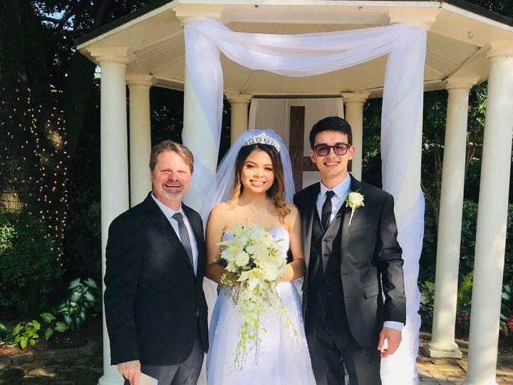 Tmx Img 8663 51 993292 1561649579 Richmond, TX wedding officiant