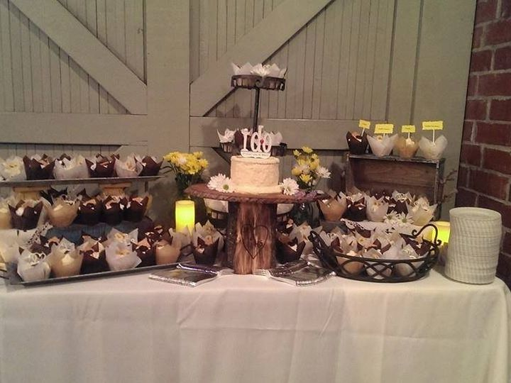 Tmx 1393376817352 1512427102012861249372501865212474 New Smyrna Beach, FL wedding cake