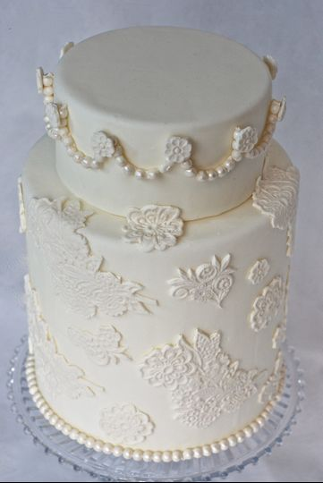 rosycakes wedding cake vancouver wa weddingwire. Black Bedroom Furniture Sets. Home Design Ideas