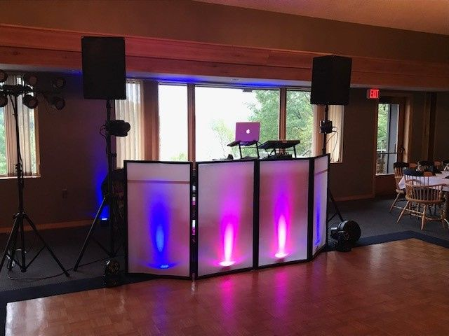 Tmx Img 3342 51 472392 157921651728654 Wisconsin Rapids, WI wedding dj