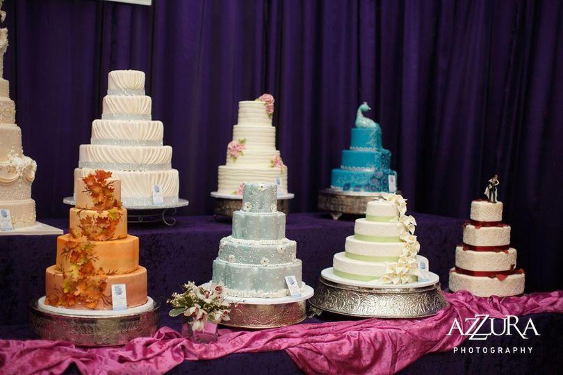 Wedding cake lineup