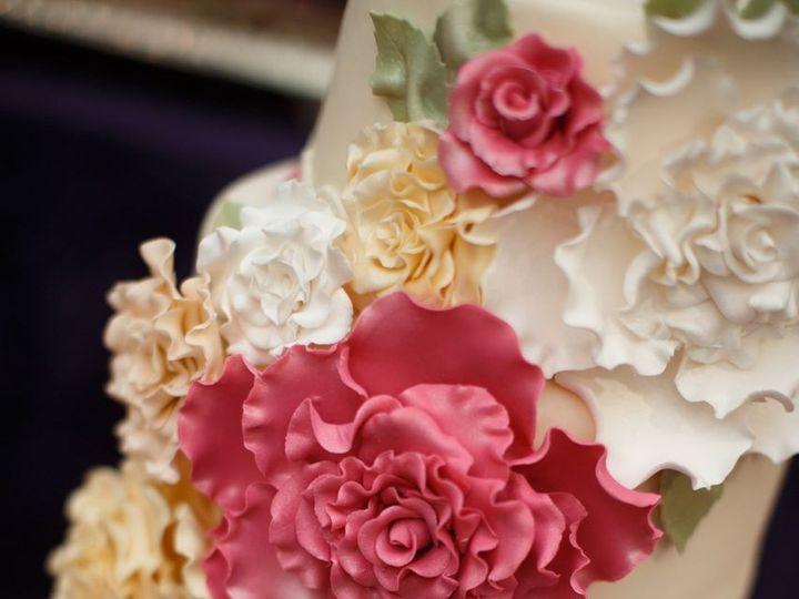 Tmx 1392762892938 Azzuraphotography02 Tacoma, Washington wedding cake