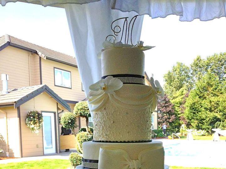 Tmx 1392763010933 615041101509155527607551285513948 Tacoma, Washington wedding cake