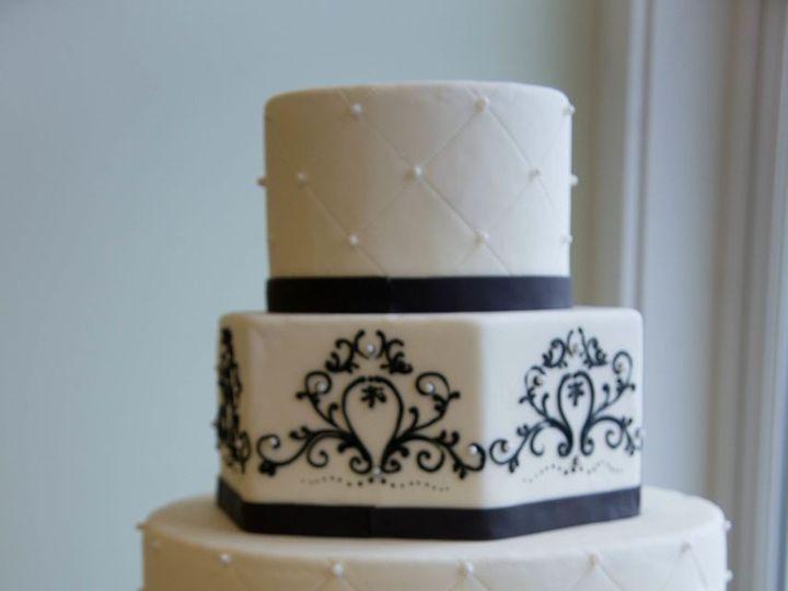 Tmx 1392763140442 Dsc0960 Tacoma, Washington wedding cake