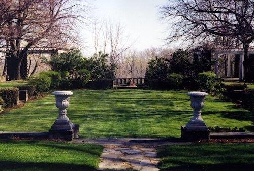 Manor House yard