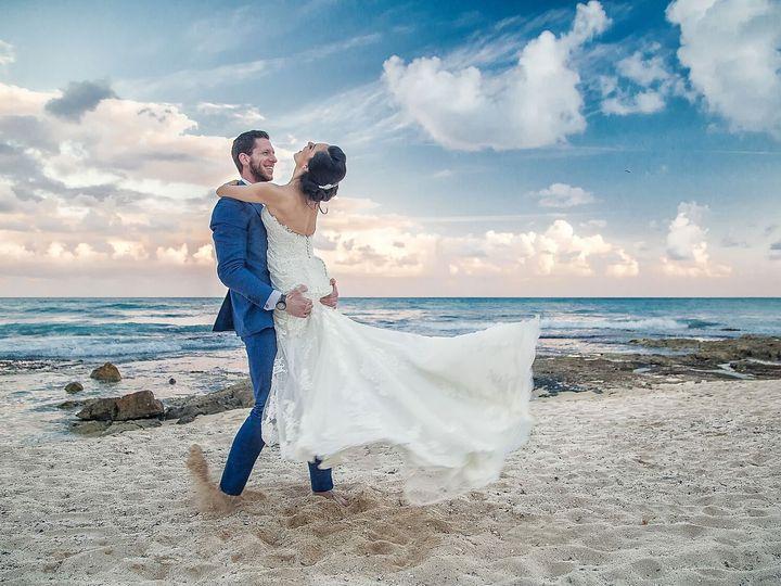 Tmx 363c5a4f C18c 4c07 A324 5c825563fbb6 51 1005392 161541575526533 Dover, NH wedding photography