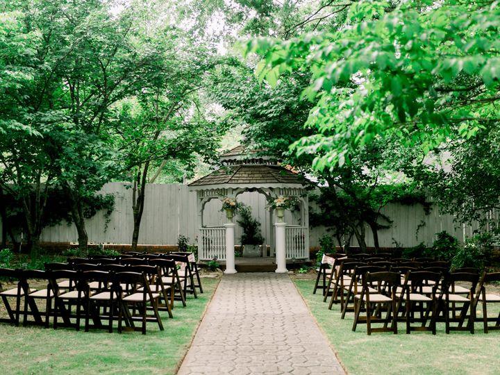 Tmx Hcourtyard2 51 935392 Newnan, GA wedding venue