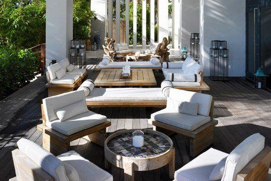 W South Beach Chairs & table