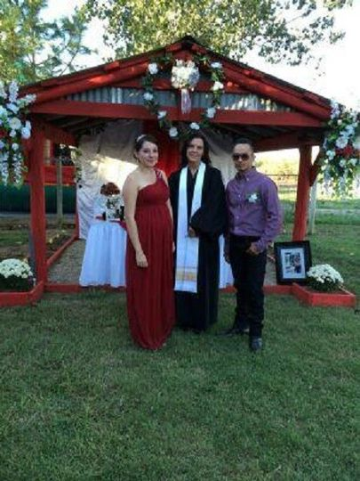 Newlywed couple with D