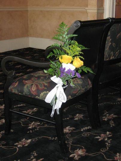 chairandflowers