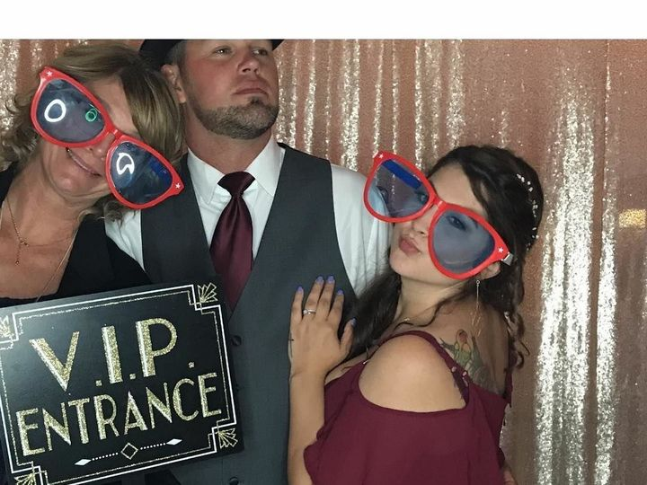 Tmx 1536712834 F7b69f62d0c9e8ea 1536712833 Dd3cad3cb34d1de3 1536712838493 1 Photobooth3 Essex Junction wedding dj