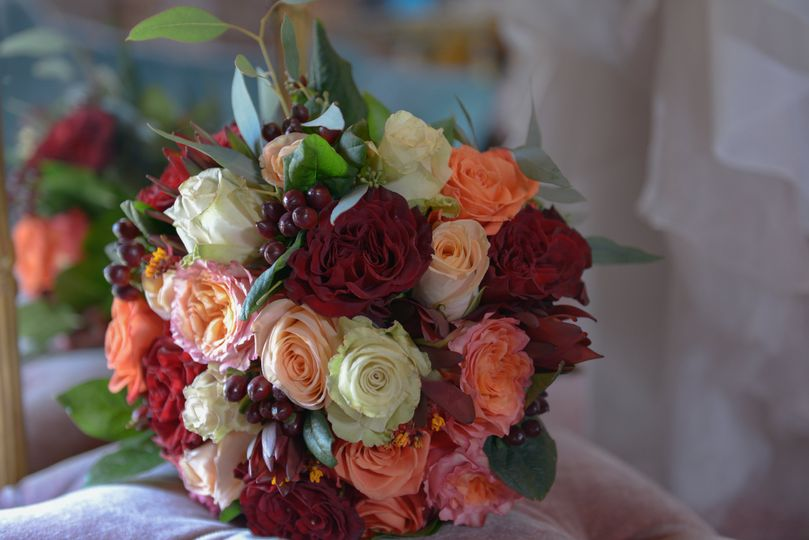 Warm colored bouquet